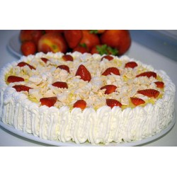Torta chattilly e fragole